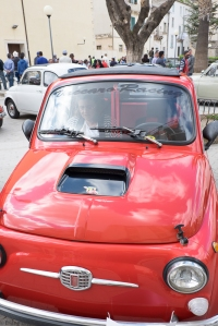 Even if basic, the design of the Fiat 500 has more variations and can be truly elegant